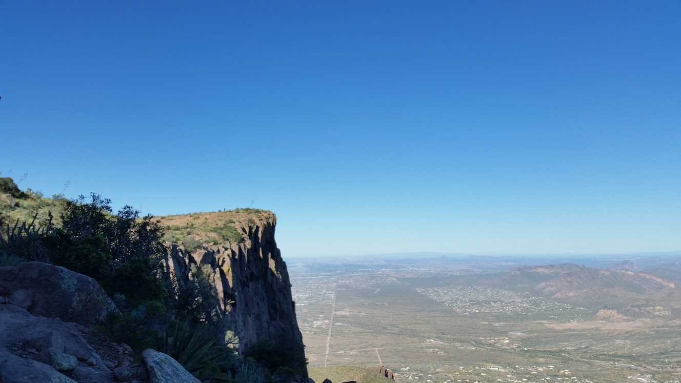 Hiking Flatiron, Superstition Mountain, Arizona